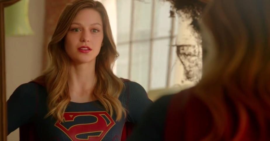 13mai2015---kara-zor-el-melissa-benoist-se-encara-no-espelho-em-cena-do-1-trailer-de-supergirl-1431567912728_956x500